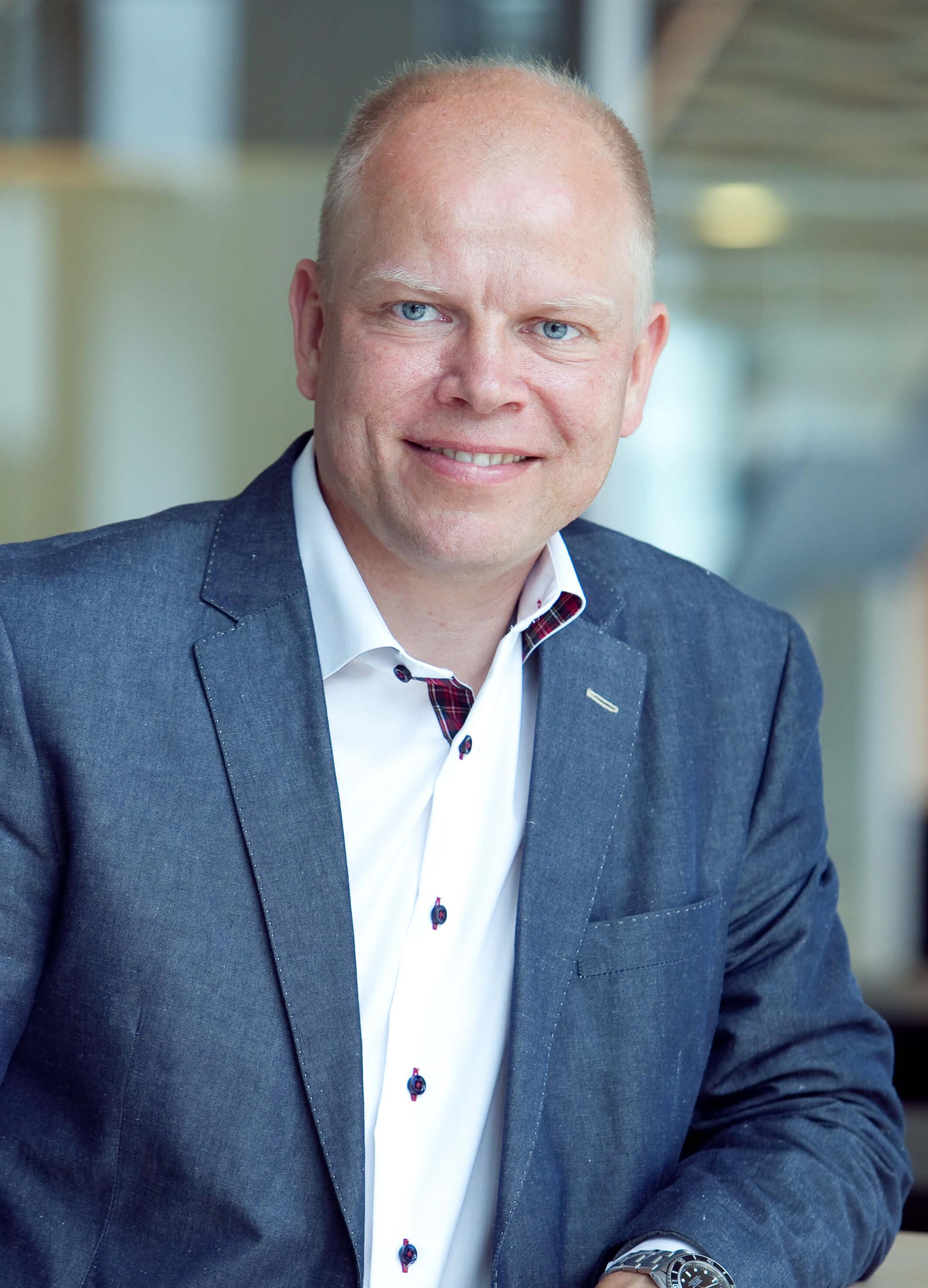 Frederik-Helweg-Larsen